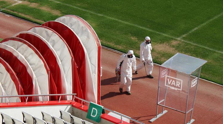Antalya Stadı dezenfekte edildi