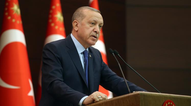 """Cumhurbaşkanı Erdoğan'dan Albayrak ve Terim'e """"geçmiş olsun"""" telefonu"""