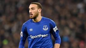 Everton, Cenk'in sakatlığını uzaktan takip ediyor
