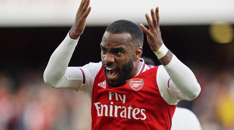 Arsenal dev transfer için Lacazette'i gözden çıkardı
