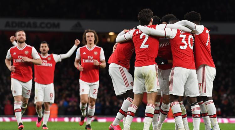 Arsenal antrenmanlara başlıyor