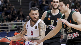 CSKA, Mike James ile uzattı
