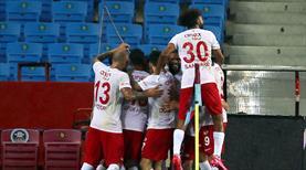 Antalyaspor'dan yüz güldüren deplasman performansı