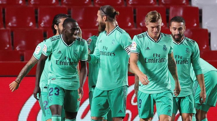 Real'den şampiyonluğa dev adım