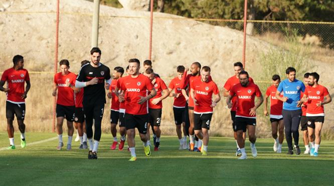 Gaziantep FK sahaya iniyor