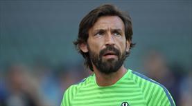 İtalya Andrea Pirlo'yu tartışıyor