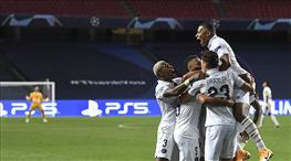 PSG tarihi geri dönüşle yarı finalde (ÖZET)