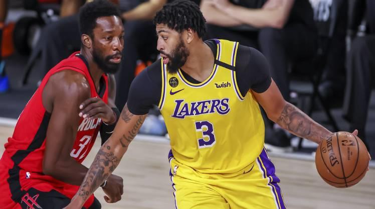 Lakers seride avantajı ele geçirdi