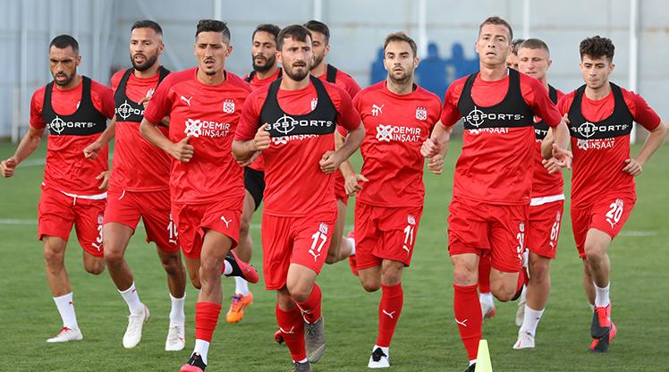 Sivasspor'da hazırlıklar başladı
