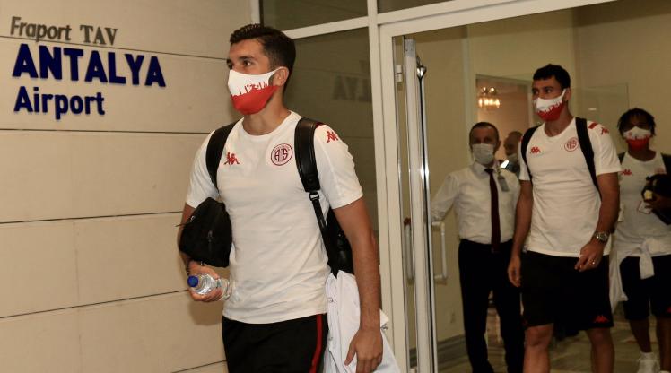 Antalyaspor kafilesi yola çıktı