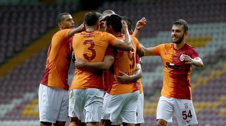 Galatasaray - Hajduk Split (CANLI)