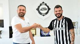 Altay, Yekta ve Regattin'i transfer etti