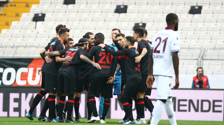 F.Karagümrük-İH Konyaspor maçı Kocaeli'de