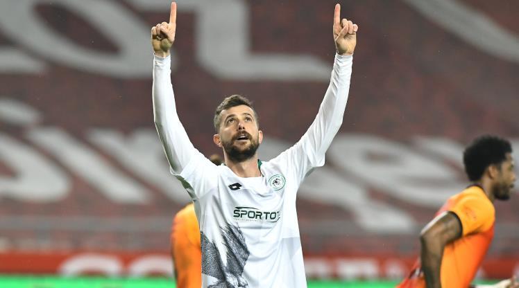 İH Konyaspor, kaptanı ile yollarını ayırdı