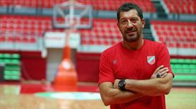 Ufuk Sarıca'dan oyuncularına tebrik