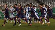 Barcelona penaltılarla finalde