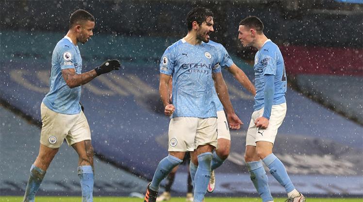 Manchester City averajla liderliğe yükseldi