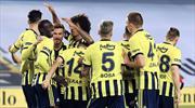 İşte Fenerbahçe'de futbolcuların ilk yarı performansı