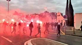 Taraftarlar, Marsilya tesislerine saldırdı