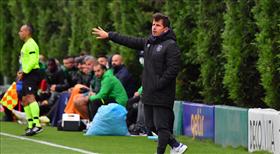 Emre Belözoğlu galibiyetle başladı: 3-1