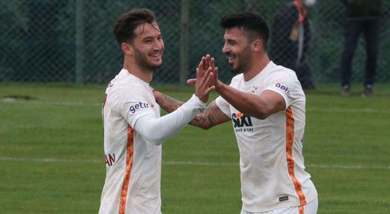 Gol düellosunun galibi Galatasaray: 4-3