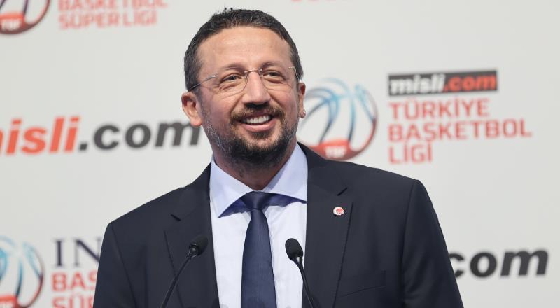 Türkoğlu rakiplerine cevap verdi