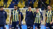 Kadıköy'de tribünlerden maç sonu protesto