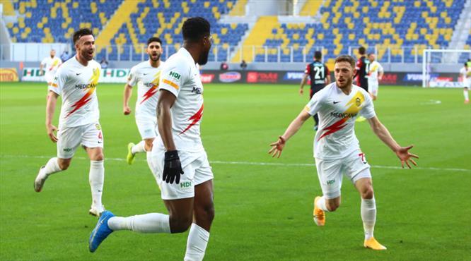 İZLE   Yeni Malatyaspor Tetteh ile öne geçti