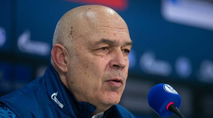 Schalke'de Gross ve Schneider ile yollar ayrıldı