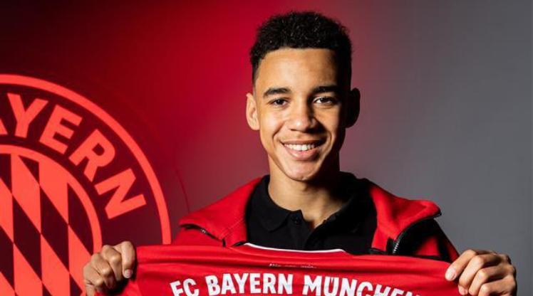 Musiala 5 yıl daha Bayern'de
