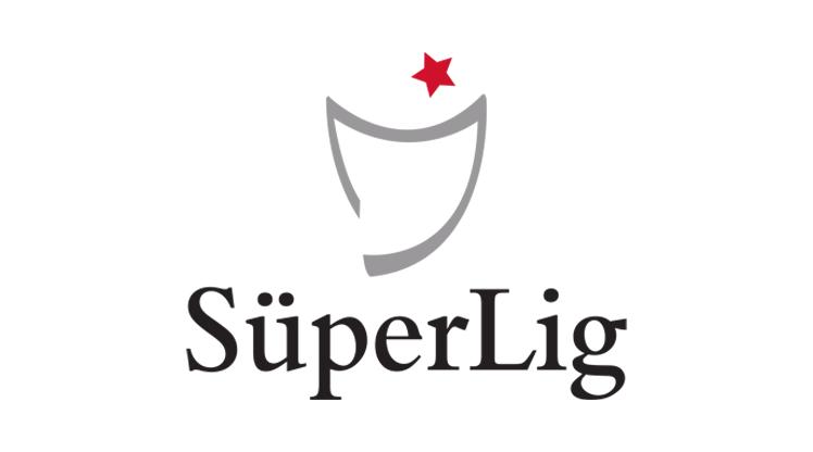 Size göre Süper Lig'de mevkilerine göre en iyi 11 oyuncu kim?