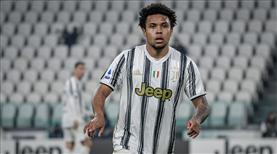 Juventuslu oyuncuların ev partisine baskın