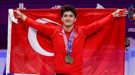 Milli halterci Muhammed Furkan Özbek, Avrupa şampiyonu oldu