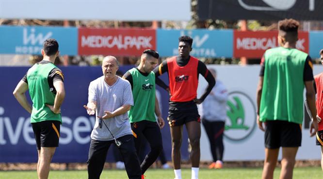 Galatasaray'dan taktik idmanı