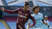 10 kişi Leeds, Manchester City'yi yendi