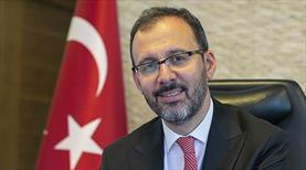 Bakan Kasapoğlu'ndan Kayra Sayit'e tebrik