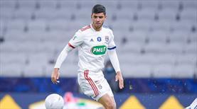 Cenk Özkaçar, Lyon'daki ilk maçına çıktı