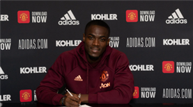 Bailly 3 sezon daha United'da