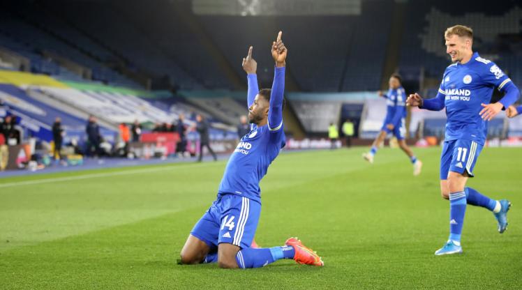 Leicester geriden geldi
