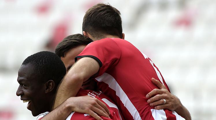 DG Sivasspor seriyi 15 maça çıkardı