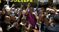 Futbolculardan Sergen Yalçın'a baskın!
