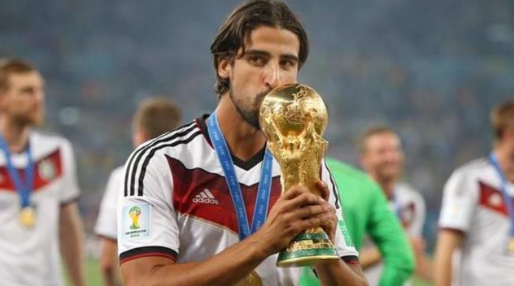 Sami Khedira futbolu bırakıyor