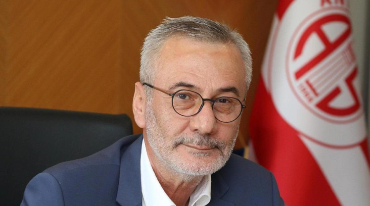 Antalyaspor Başkanı Yılmaz istifa etti