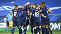 Fransa, rakibimiz Galler'i üçledi