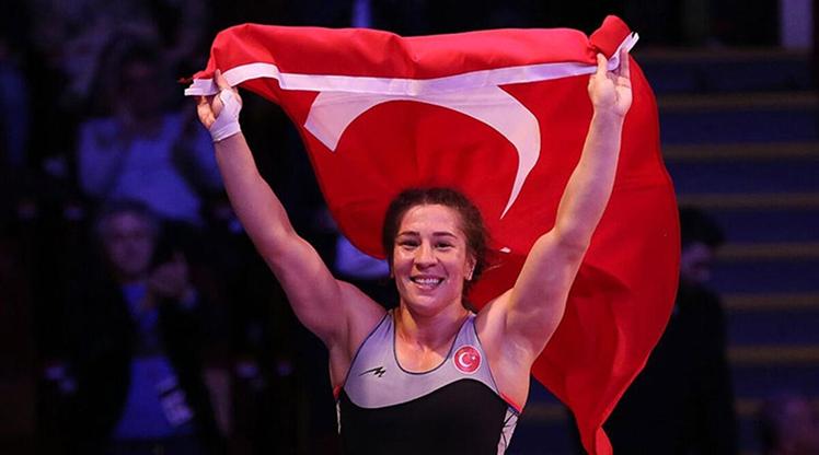 """""""Türk kadınının gücünü olimpiyatlarda göstereceğim"""""""