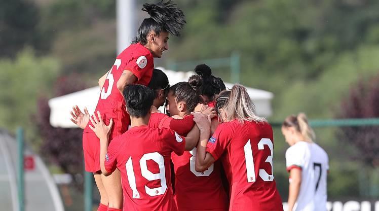 A Milli Kadın Takımı, Bulgaristan'ı 3-1 yendi