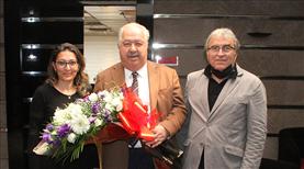 Başkan Akdaş'a sürpriz kutlama