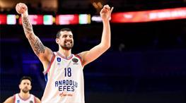 Anadolu Efes, Moerman ile sözleşme yeniledi