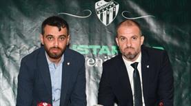 Mustafa Er imzayı attı