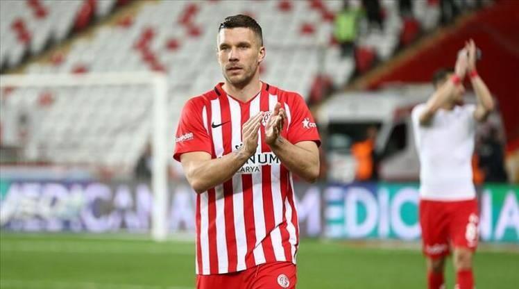 Podolski'nin yeni adresi belli oldu